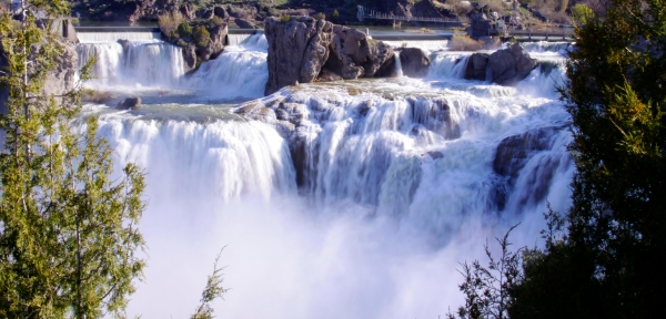 Shoshone Falls in Idaho www.lifeatthecottage.com