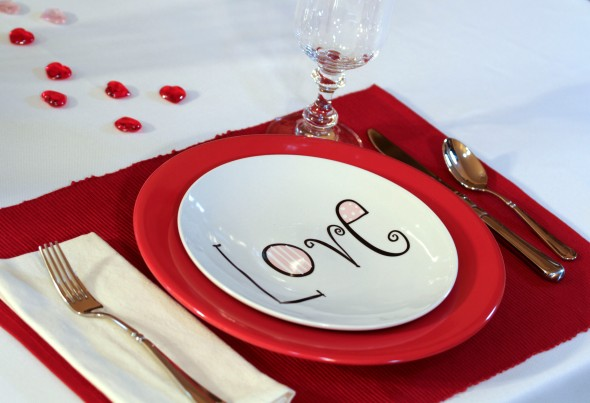 Place setting for Valentine's Dinner www.lifeatthecottage.com