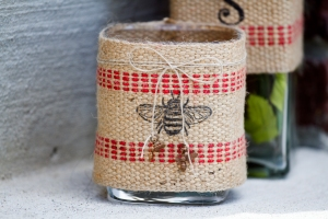 Bee Jar www.lifeatthecottage.com