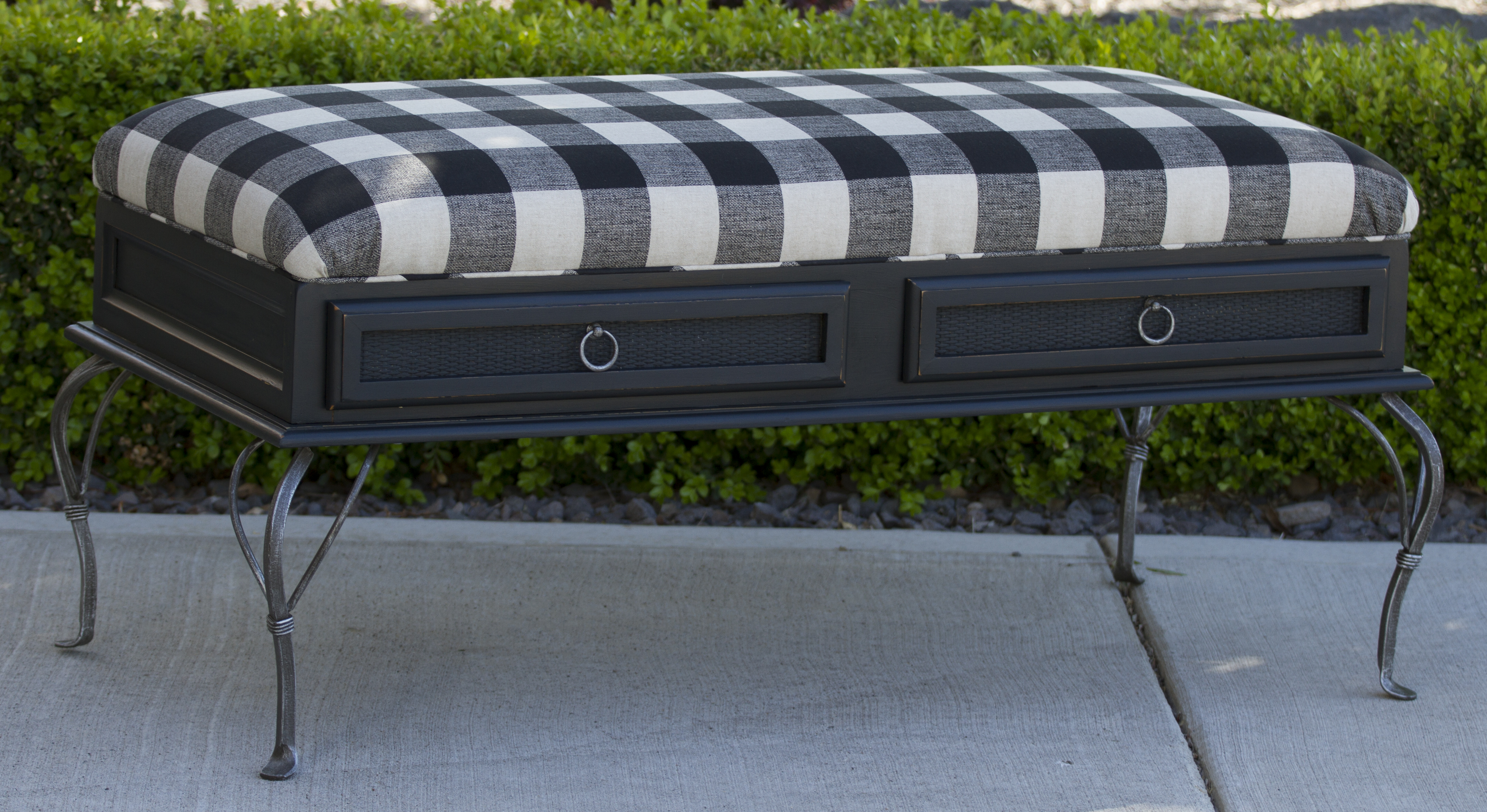 Coffee Table To Upholstered Bench Life At The Cottage