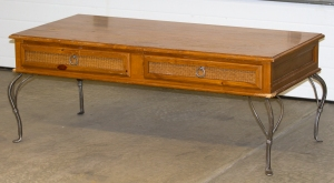 Coffee Table Turned Bench www.lifeatthecottage.com